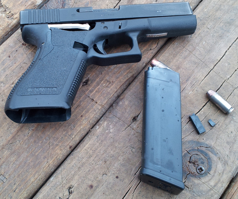 Glock 20 10mm Auto KABOOM - The Firearm BlogThe Firearm Blog