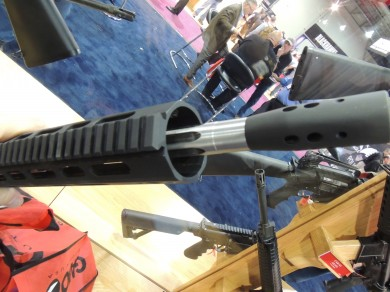 The R3's fluted barrel and 2-stage compensator.