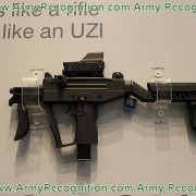 uzi_pro_smg_sub_machine_gun_iwi_israel_weapon_industries_at_dsei_2011_defence_exhibition_001-tm-tfb
