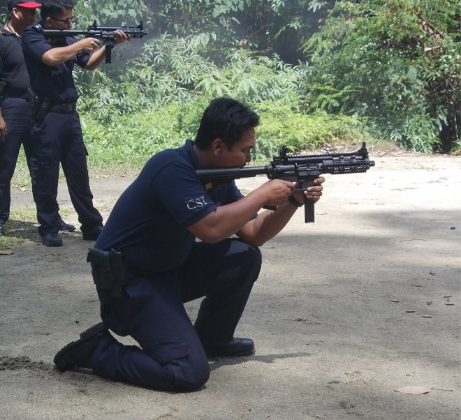Bushmaster Carbon 15 in 9mm used by RMP