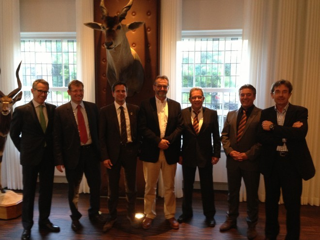 From Left to Right: Thorsten Fischer (L&O Group) Wolfgang Börtz (L&O Group) Michael Swoboda (GSG) Michael Lüke (L&O Group) Dietmar Emde (GSG) Manfred Nienhaus (GSG) Thomas Ortmeier (L&O Group)