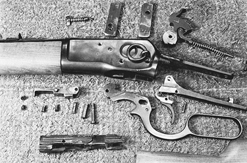 164-rossi-92-lever-action-action-disassem