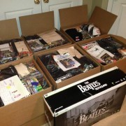 20130930212956-8-Bit_Salute_Boxes_Filled