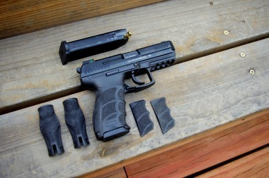 The Heckler and Koch P30 comes with different size backstraps and side panels to allow the end user to customize to grip surface of the pistol as he or she sees fit.