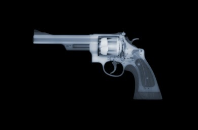 """Magnum"" x-ray by Nick Veasey, courtesy of the artist."