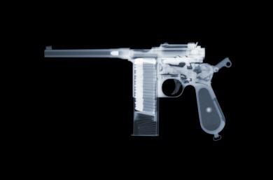 Mauser C96 x-ray by Nick Veasey, courtesy of the artist.