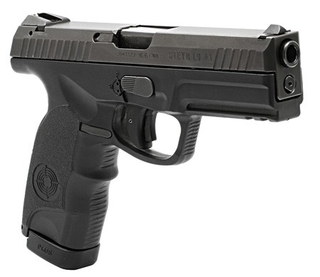 STEYR_L9-A1_Angle_Front_T
