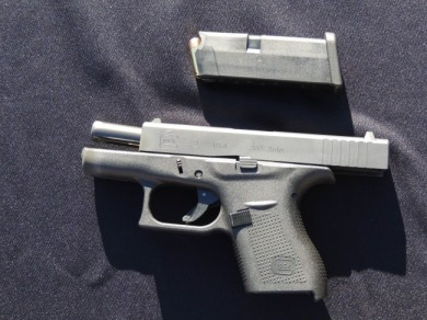 The left side of the Glock 42.