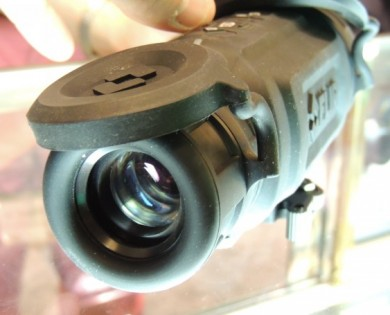 The ocular lens of the R-Series thermal sight.
