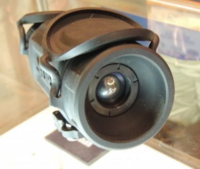 The objective lens of the R-Series thermal sight.