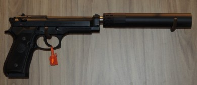 The GM-9 on a Beretta 92.