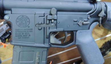 So, S&W was in on a joint venture with Magpul!  Note the Magpul Pmag, MOE Grip in gray, and the ASAP sling attachment.