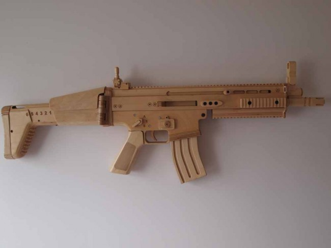 SPLINTER-SELL Wooden Replica Guns - The Firearm BlogThe ...