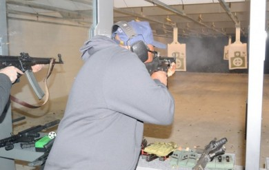 Y-man shoots the HK MP5 Dallas FEB 2014