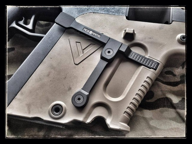 Ace 1 arms lever