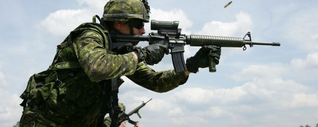 1280px-Canadian_C7A2_Rifle