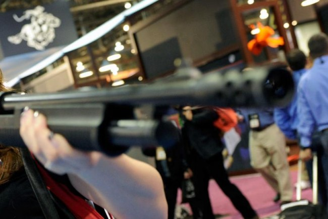 Woman-shoots-herself-in-face-after-slamming-butt-end-of-shotgun-to-make-a-point
