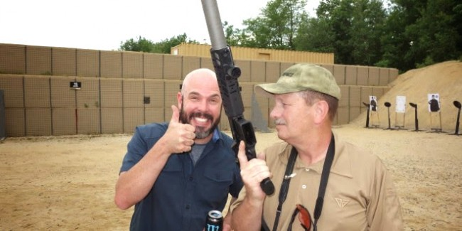 SIG_SAUER_SIG_MCX_Multi-Caliber_AR_Assault_Rifle_Carbine_SBR_300_Blackout_300BLK_Suppressed_Kevin_Brittingham_Thumbs_Up_and_Smiling_SIG_SAUER_New_Media_Writers_Event_David_Crane_DefenseReview.com_DR_1-660x330 (1) copy