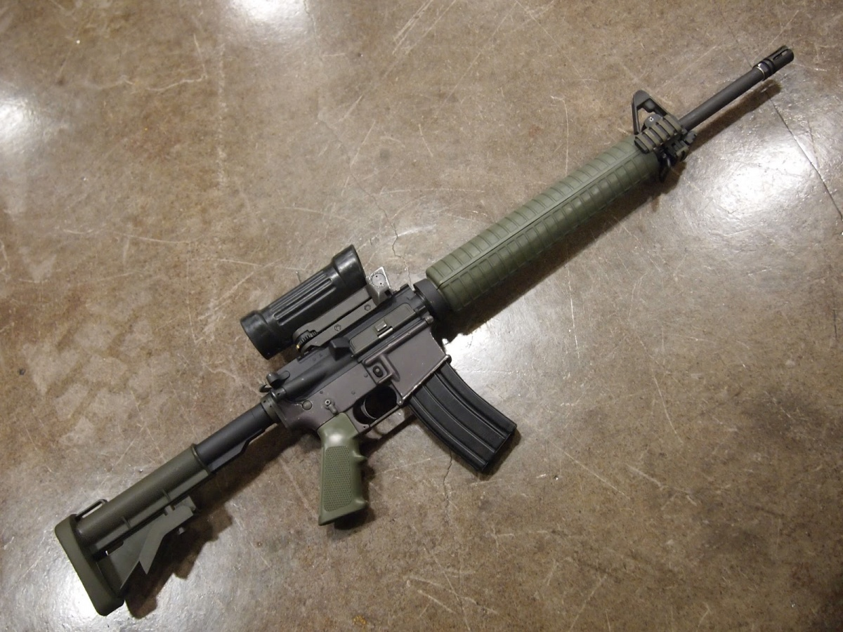 Differences Between Canadian C7 and US M16 - The Firearm ... M16