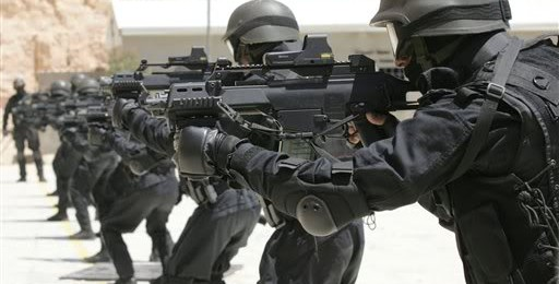 Jordanian troops with H&K  rifles.