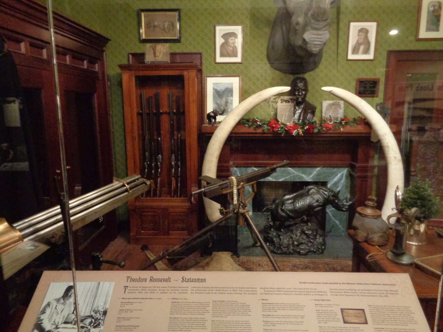 Teddy roosevelt guns to be displayed at nra national - Dsc00192 Dsc00194 Dsc00195