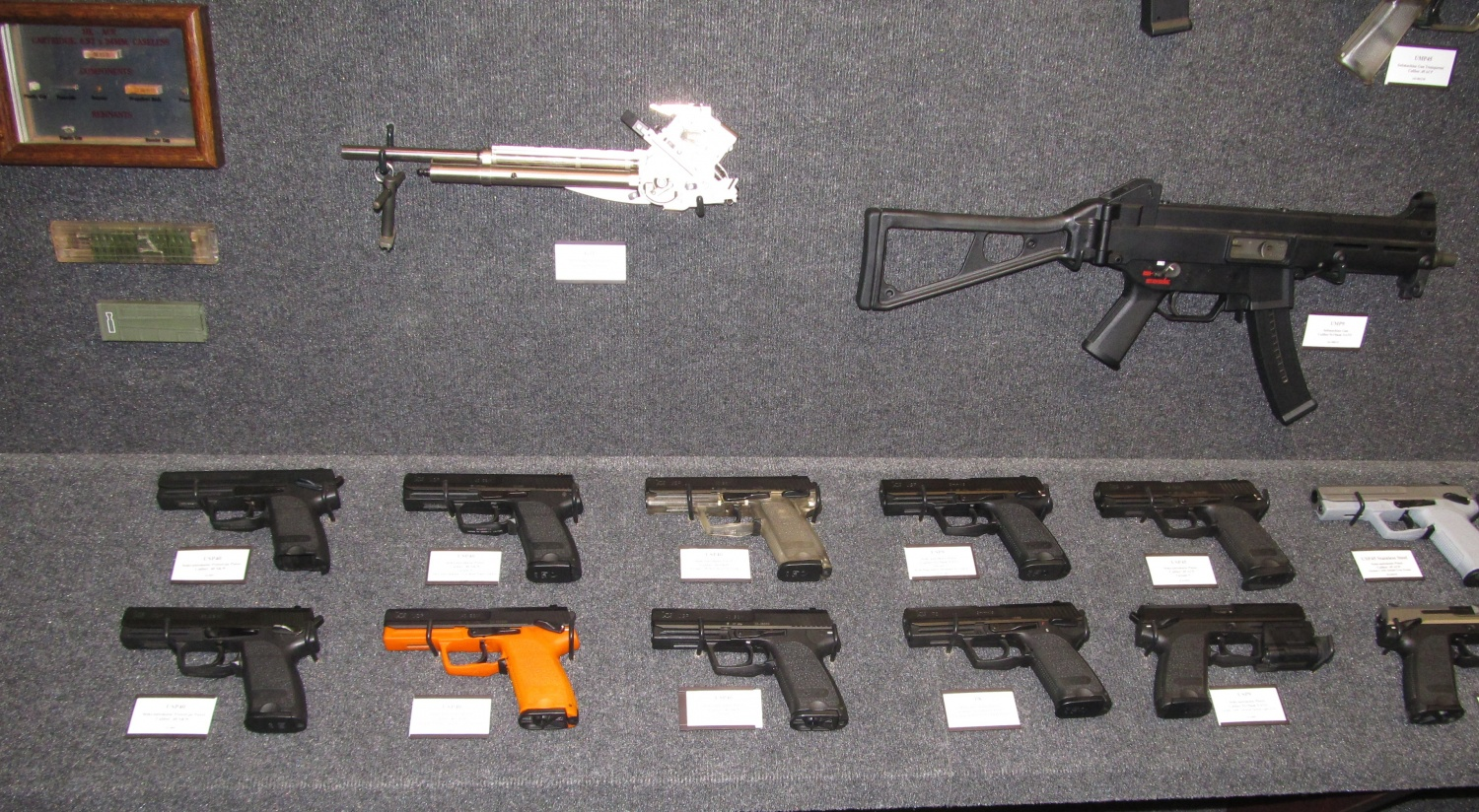 This is just half of the USP pistols on display, the other half includes some of the more modern variants such as the P30 and P2000s.