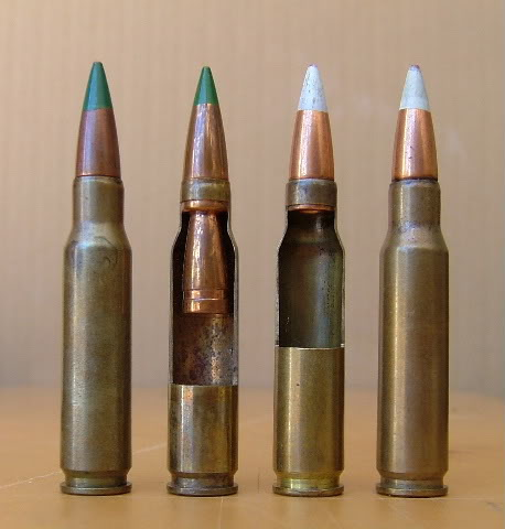 7.62mm M198 Duplex, far left, along with its single bullet counterpart, the XM256E1 Low Recoil round, and sectioned examples of each. Image from Ray Meketa's collection.