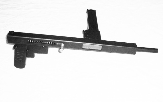 'Table Leg Typewriter' DIY submachine gun prototype - The ...