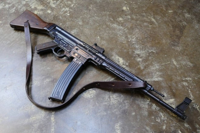 7 Reasons I Don T Like The Mp 44 Sturmgewehr The Firearm Blog