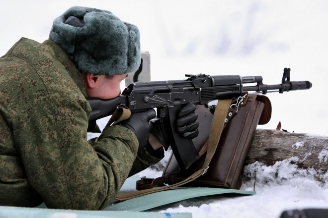 Russian VDU Soldier with AK-74M. (C) Vitaly Kuzmin