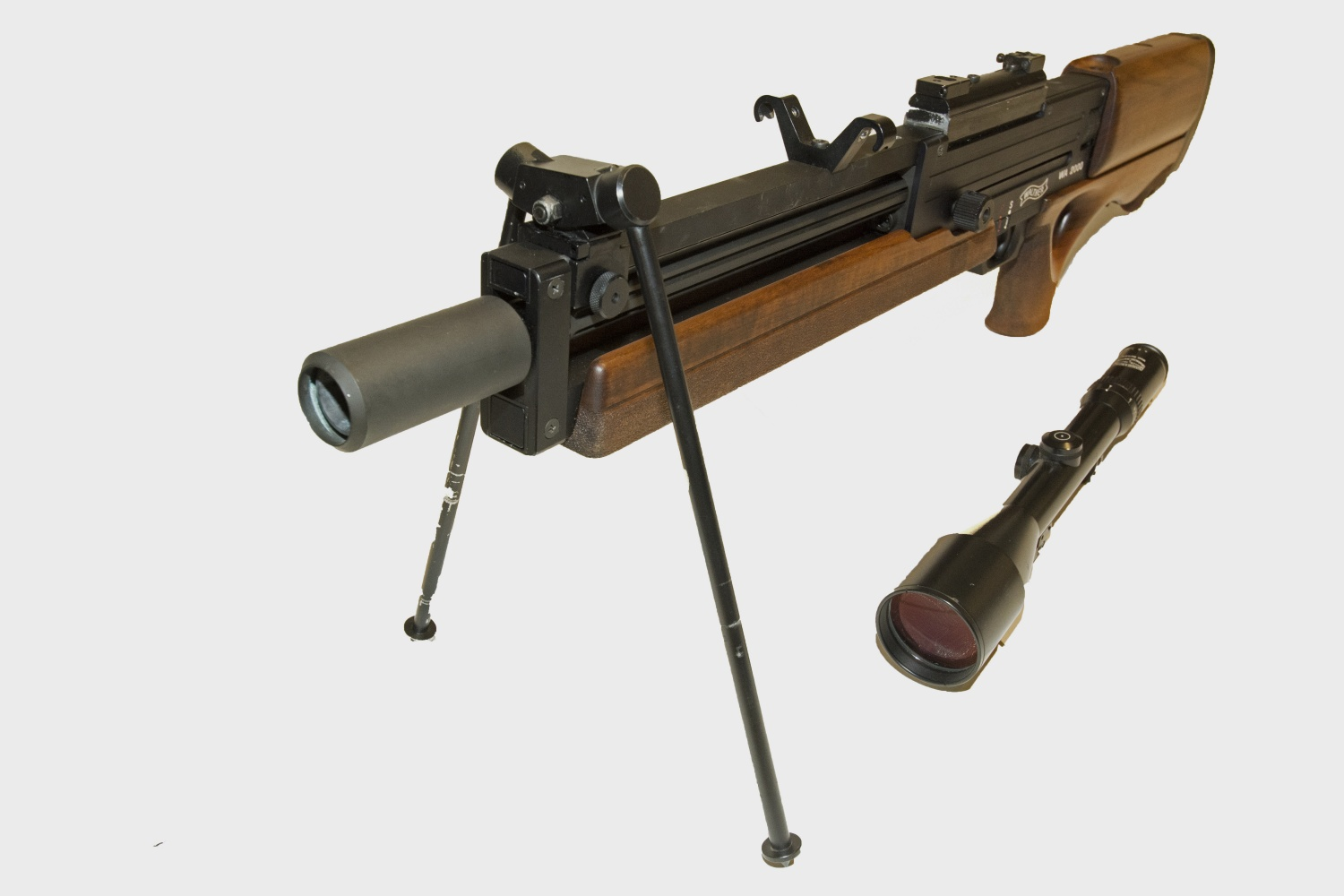 WA_2000_barrel_side_scope_removed