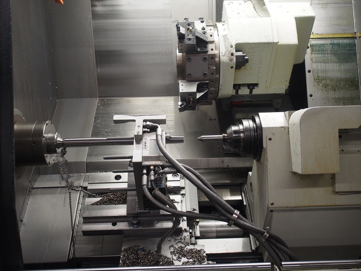 Same machine from a different angle and stage of completion.