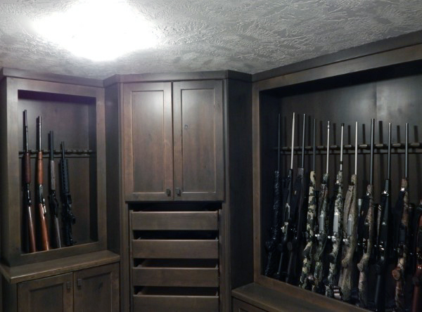 Top 100 best gun rooms raw dog tactical for Best safe rooms
