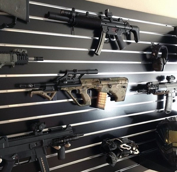gun-room-with-wall-mounted-rifles