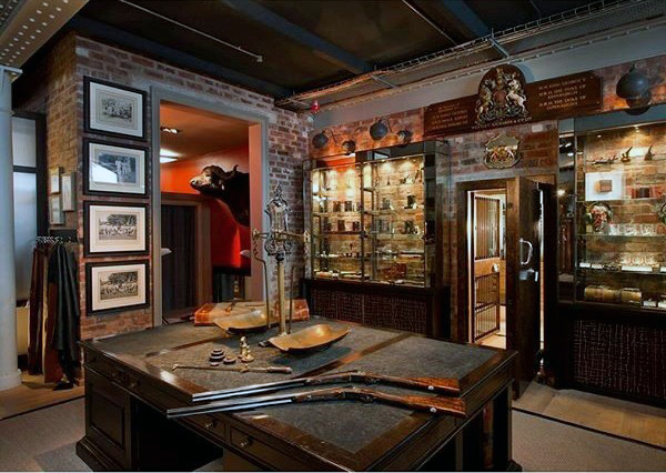 ... Incredible Gun Room Shop Design Traditional Decor ...