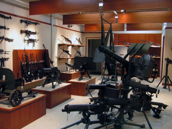 incredible-gun-room-with-massive-firearms-collection-inside