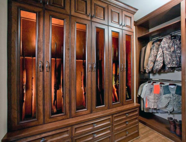 wood-cabinetry-gun-room-ideas