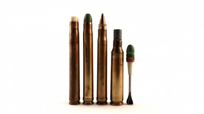 Sabot rounds, left to right: XM645 SPIW flechette with compressed disintegrating puller sabot, XM645 SPIW flechette with glass polyester disintegrating puller sabot, 5.77/4.32 Frankford with polymer cup pusher sabot, 5.56x45mm AAI ACR flechette with petal-type puller sabot. Far right is a pulled SPIW sabot and flechette.