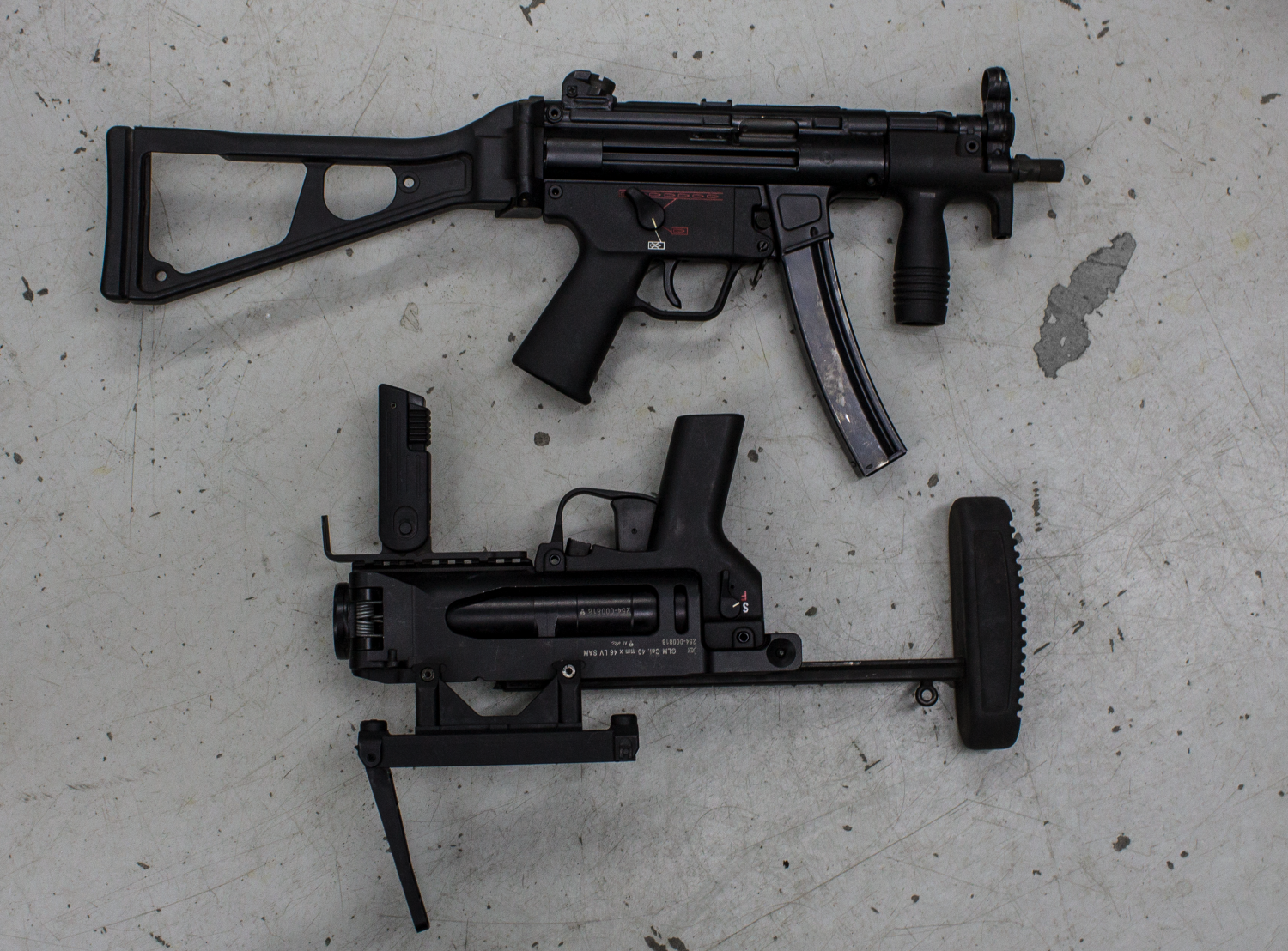 Movie Armaments Vault HK MP5 and M320