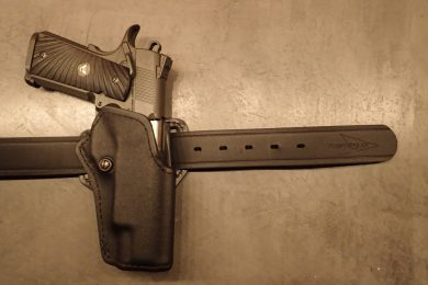Despite it's hefty weight, this holstered Wilson Combat 10mm doesn't shift around at all