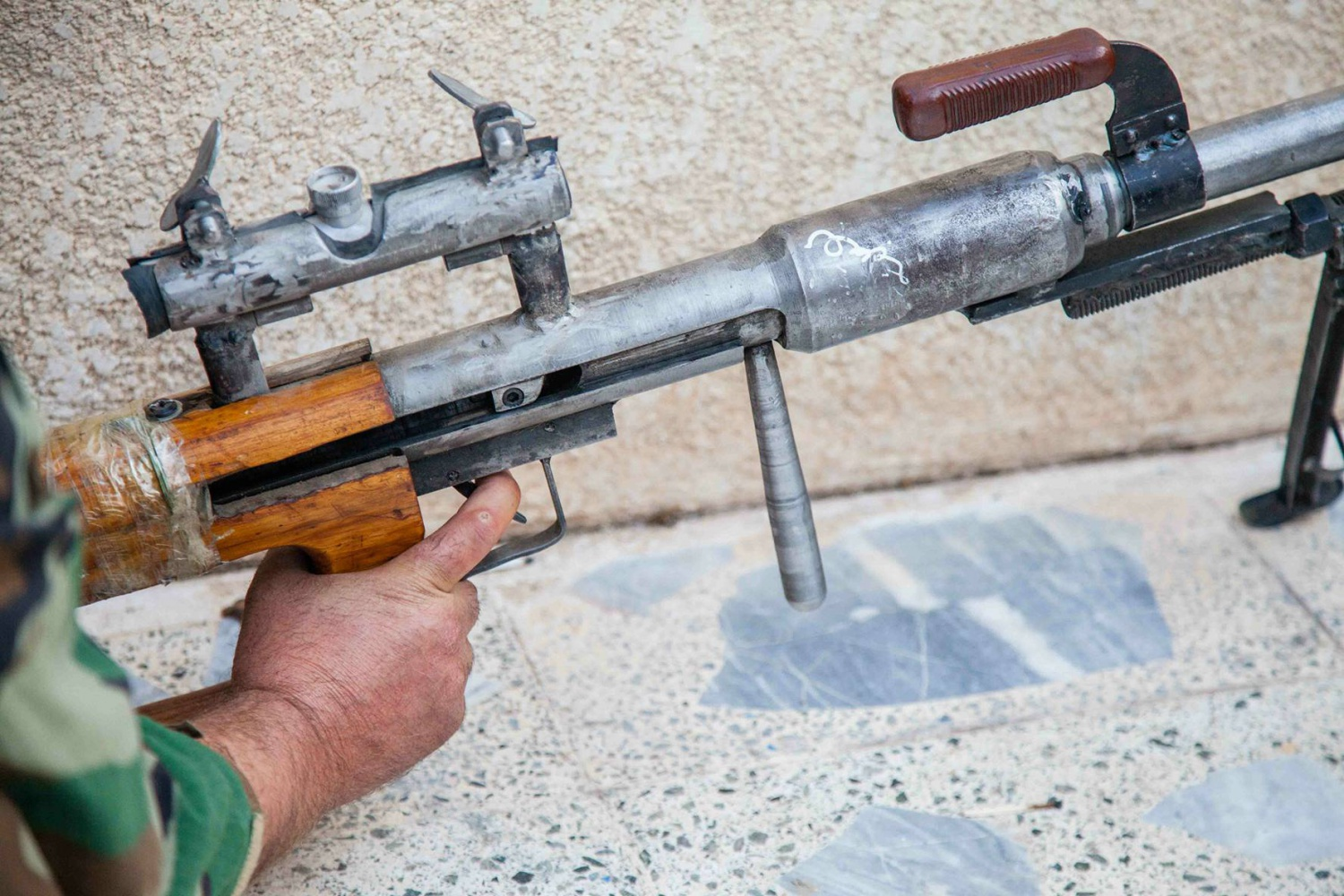Makeshift 50 Bmg Isis Sniper Rifle The Firearm Blog