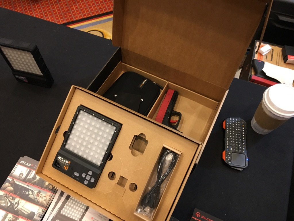 The Atlas 8 Retail Kit that includes a SIRT.