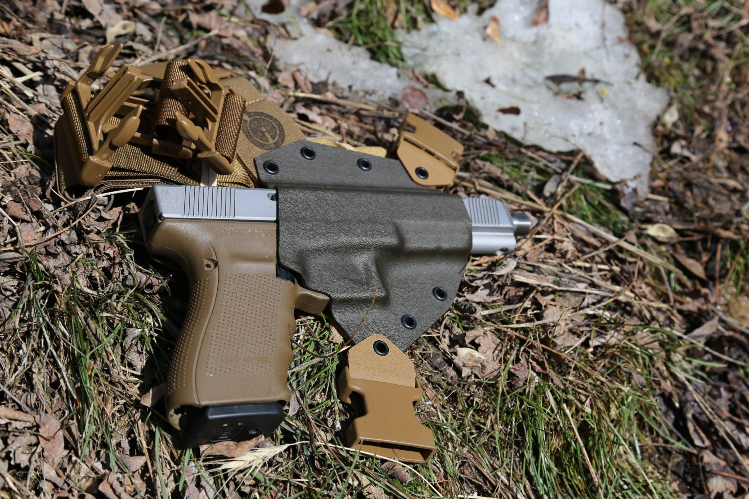 Gunfighters Inc New And Improved Gen2 Kenai Chest Holsters
