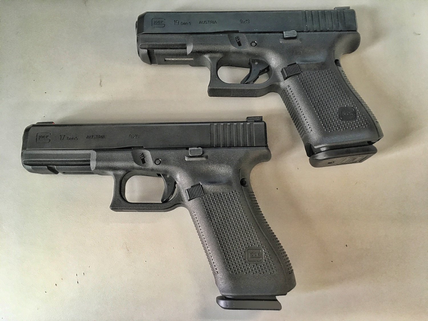 tfb first look the new gen5 glock 17 and gen5 glock 19