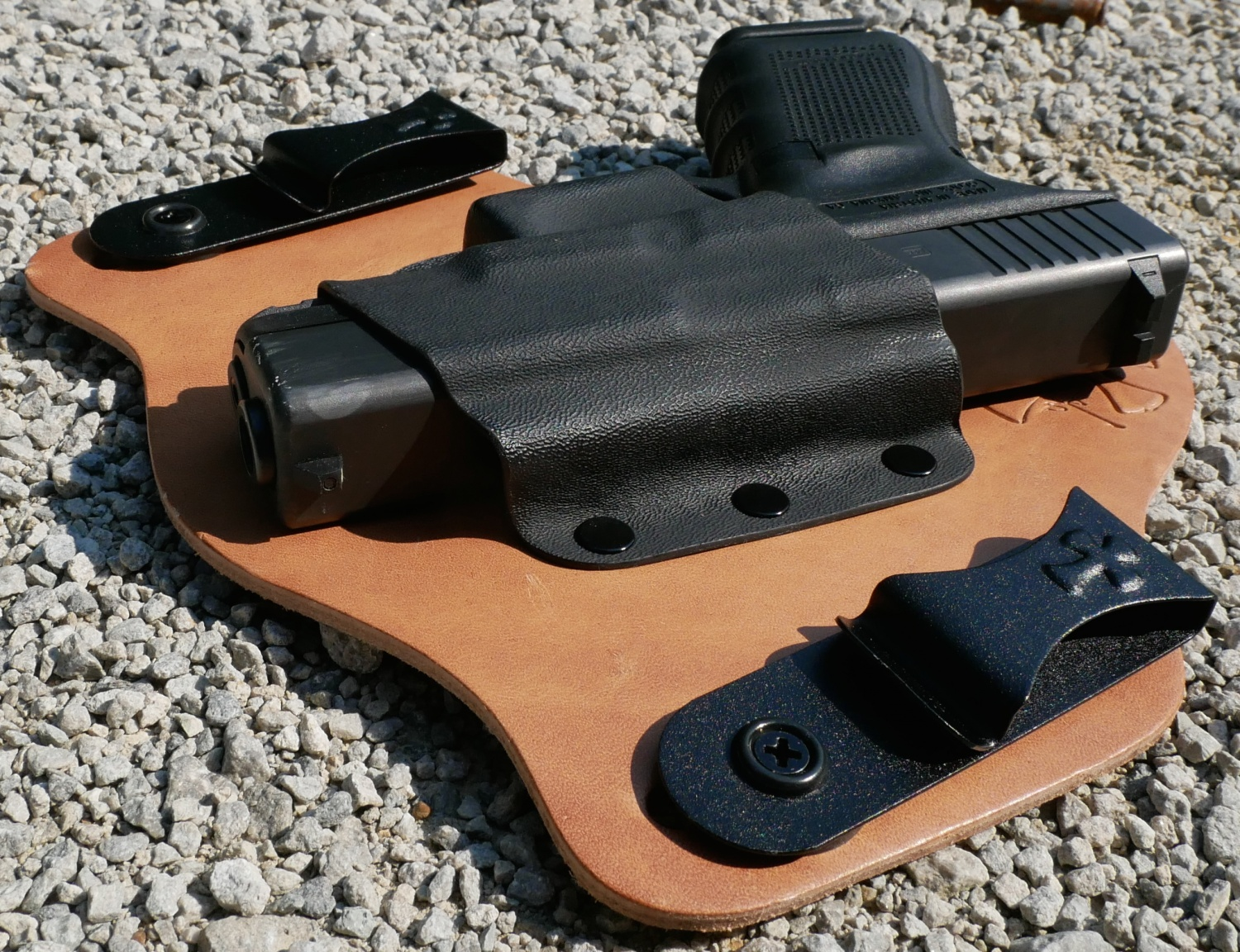 TFB Review: CrossBreed Founder's Series Supertuck IWB