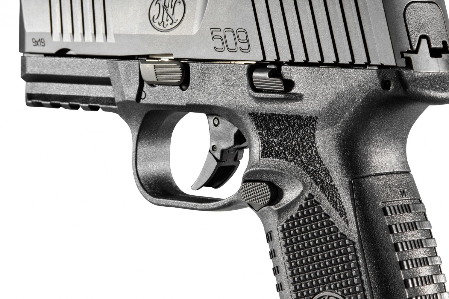 The FN 509 is a full-sized Striker pistol. The FN 509's slide and grip  feature highly effective non-slip surfaces; magazine catch, slide release  and safety ...