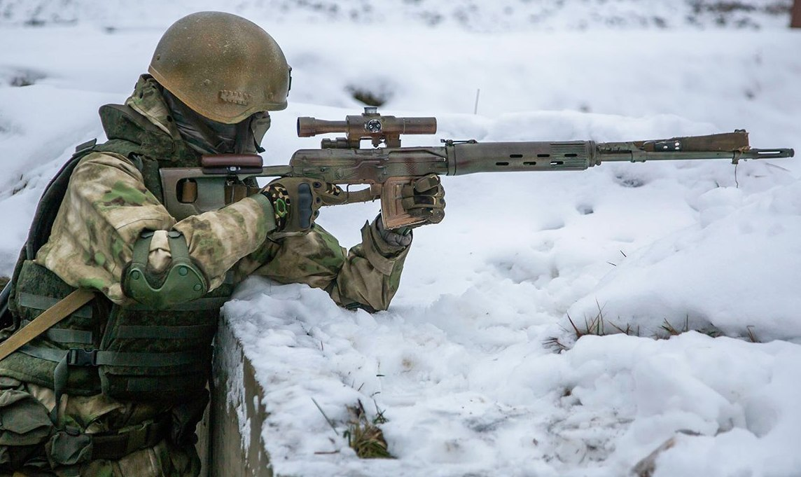 Weapons-of-Russian-Snipers-Seen-in-a-Liv