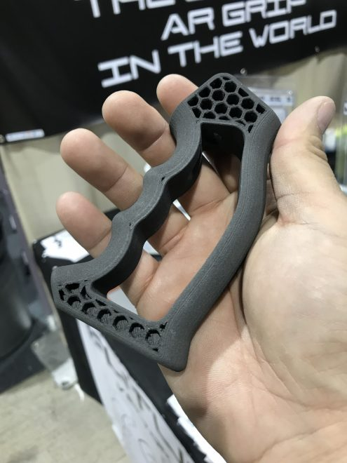GAOS 2018] Future Forged 1 2oz Light Weight AR Grip And AFG