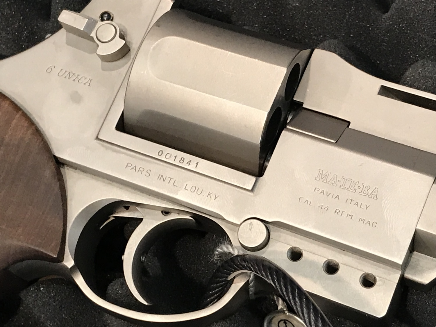 close up of a stainless 6 Unica autorevolver