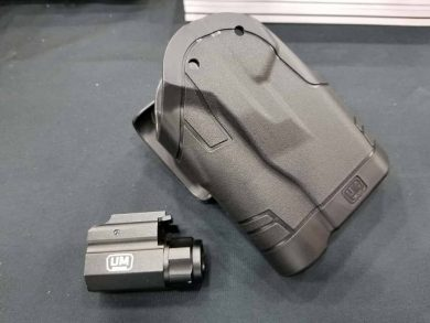 The Spyros Holster System comes with an aircraft-grade 150 Lumen LED light.